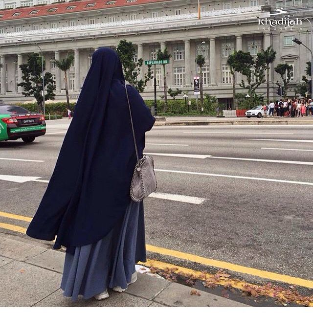 #hijab #abaya #khimar #jilbab #indonesia #singapore #camera