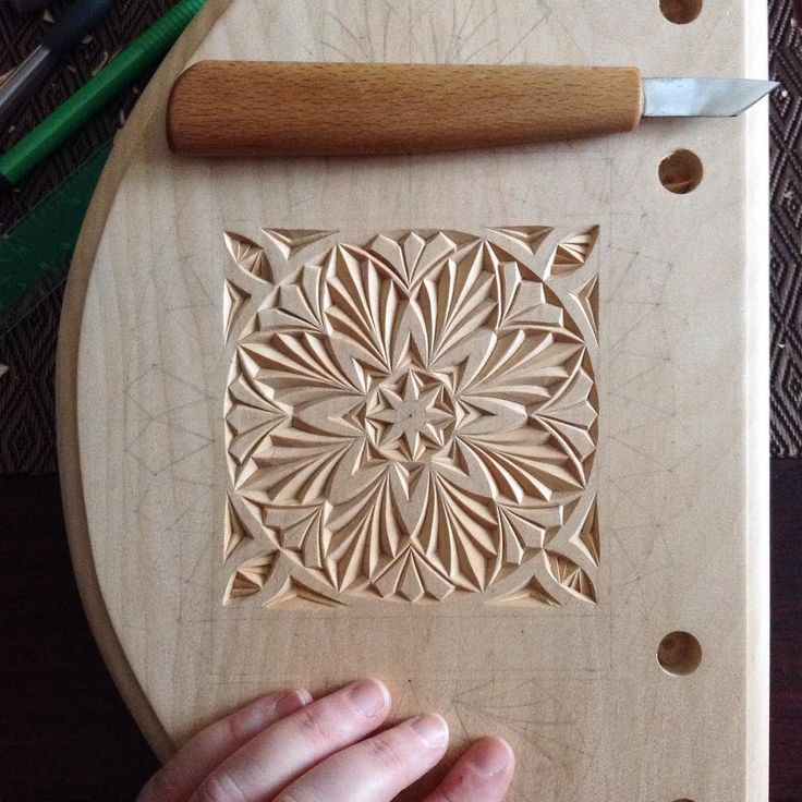 #chipcarving #woodwork