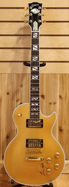 This guitar was a birthday gift from Gibson to Les Paul on the occasion of his 90th Birthday... I could think of worse gifts!