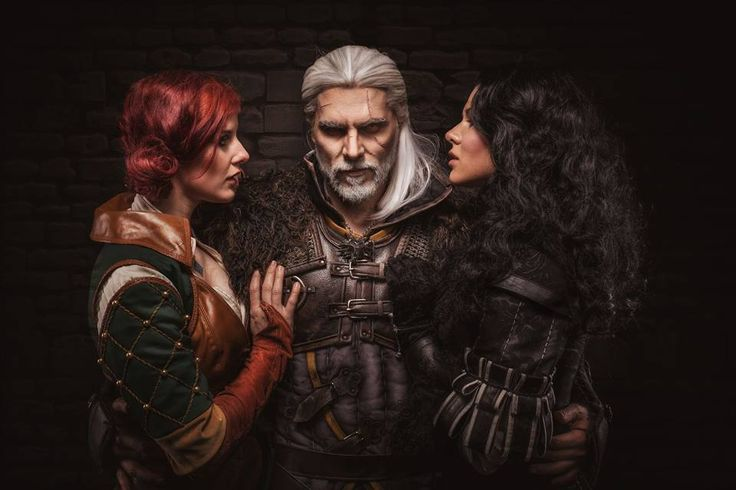 Characters: Triss Merigold of Maribor, Geralt of Rivia, & Yennefer of Vengerberg / From: Andrzej Sapkowski's 'The Witcher' Short Stories and Novels & CD Projekt RED's 'The Witcher' Video Game Series / Cosplayers: Maya Felicitas as Triss, Maul Cosplay as Geralt, &  Lenora Costumes as Yennefer / Photo: eosAndy (2016)