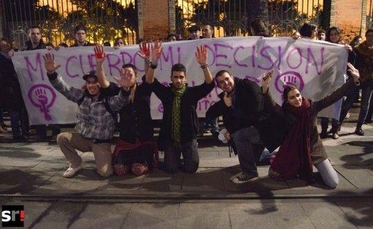 Cientos de personas protestan contra la Ley del aborto en Sevilla | Social | noticias de Sevilla | sevilla report