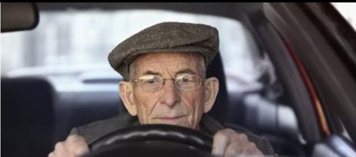 Mayores de 65 años al volante: ¿peligro real o mito social? – news3edad.com