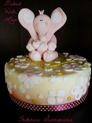 Elephant cake topper #BakedWithLove by Federica Santimaria