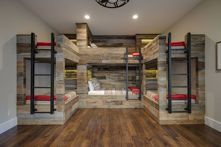 Bunk room with 6 beds, bunk bed inspiration, bunk room ideas