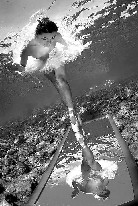 Under water on a mirror looking for ballet. #Photography