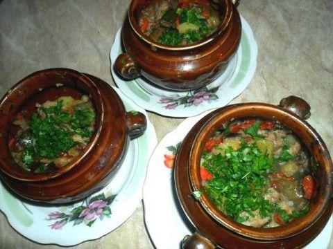 Чанахи (блюдо в горшочках)