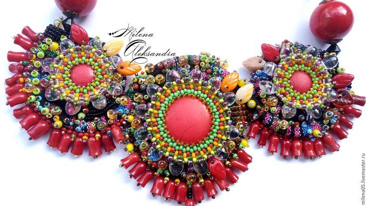 Купить Яркое летнее колье в этническом стиле, экзотические цветы тропиков - ярко-красный