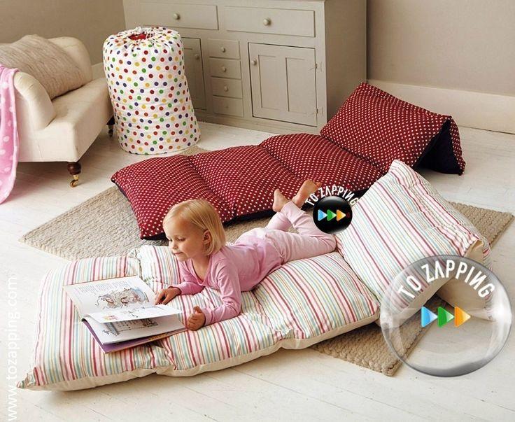 Cómo hacer camas portátiles para niños. Esta idea no solo servirá para permitirles a los niños descansar un buen rato de sus actividades escolares por ejemp