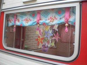 zo'n gezellig gordijntje ook bij ons voor de ramen?