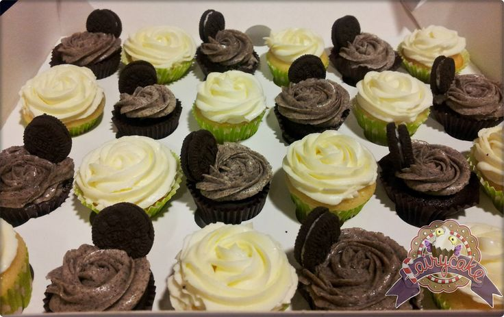 Mini cupcakes de Oreo y de creamcheese y limón