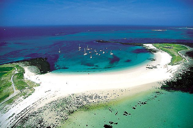 Glénan Islands | Found on glenans.asso.fr #Finistère #myfinistere