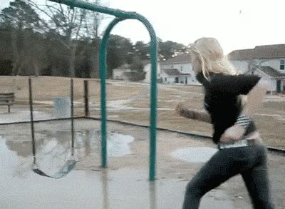 39 Amusing GIFs Of People Falling