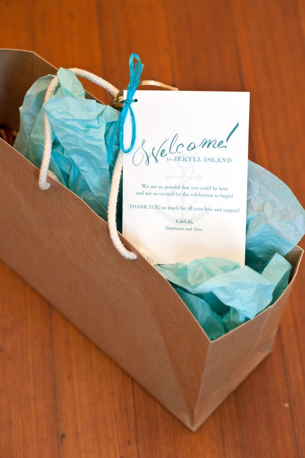 Wedding Welcome Bag Ideas Pinterest : ... Wedding Welcome Bag Ideas! on Pinterest Wedding, Welcome bags and