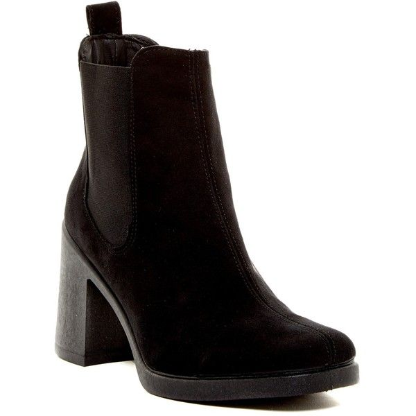 TOPSHOP Barnaby Heeled Boot (105 BRL) ❤ liked on Polyvore featuring shoes, boots, blk, slip-on shoes, slip on boots, platform slip on shoes, slip on shoes and round toe boots