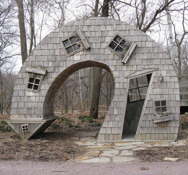 Twisted House is a public artwork by American artist John McNaughton, located at the Indianapolis Art Center in Indianapolis, Indiana... Look @Melanis Cernel, an arrow!!
