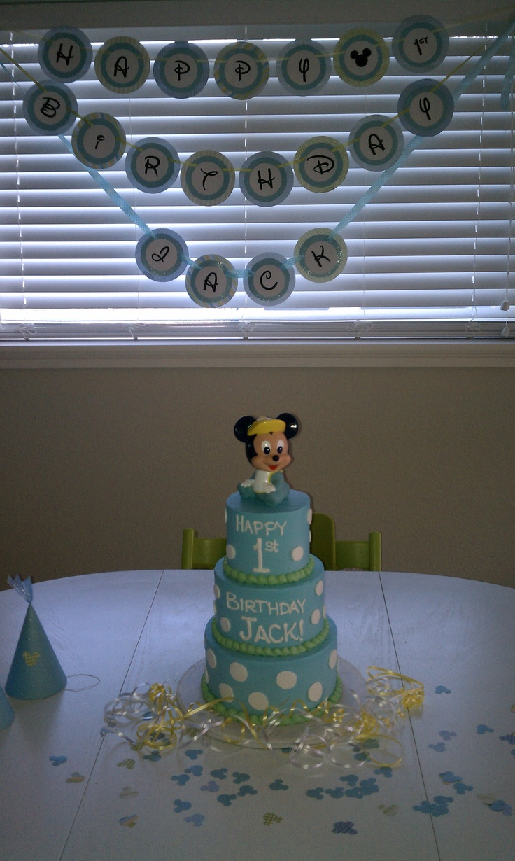 Baby Mickey Mouse Edible Cake Decorations 1000 Images About Cake Decorating On Pinterest Baby Mickey Cake