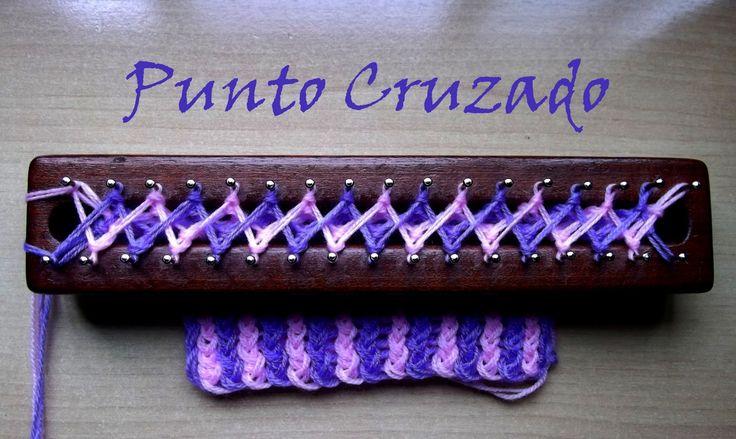 Punto Cruzado Bicolor/ Crossed stitch on loom