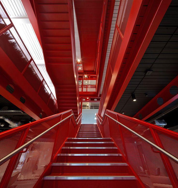 Virgin Atlantic & Virgin Holidays Offices - Crawley - 5