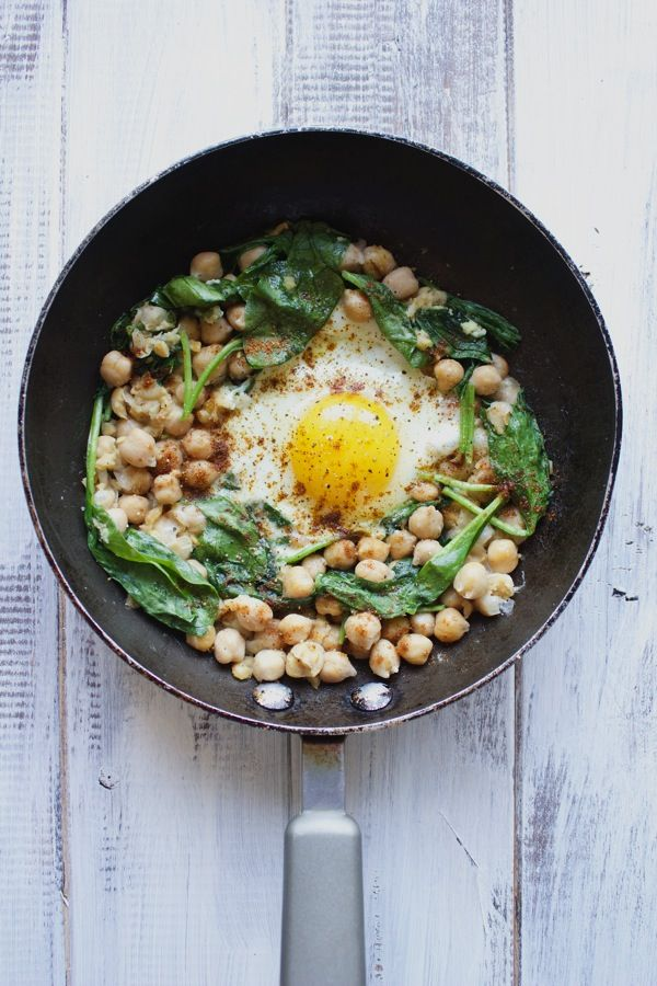 Single Serve Egg and Chickpea Breakfast-The Almond Eater
