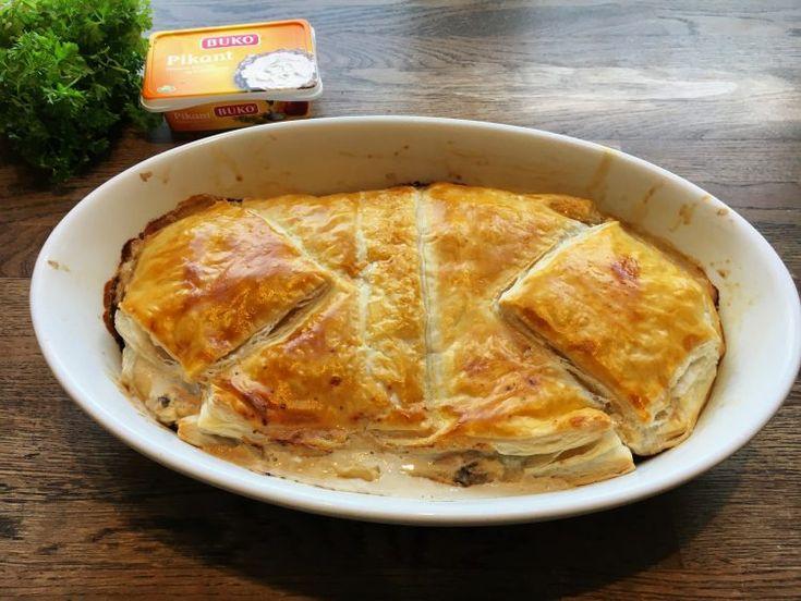 Mormors stang er skinke, champignoner og flødeost pakket i butterdej. Indbagt skinke smager helt fantastisk og er perfekt til frokostbordet