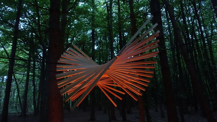 Beautiful wooded sculpture and lighting!