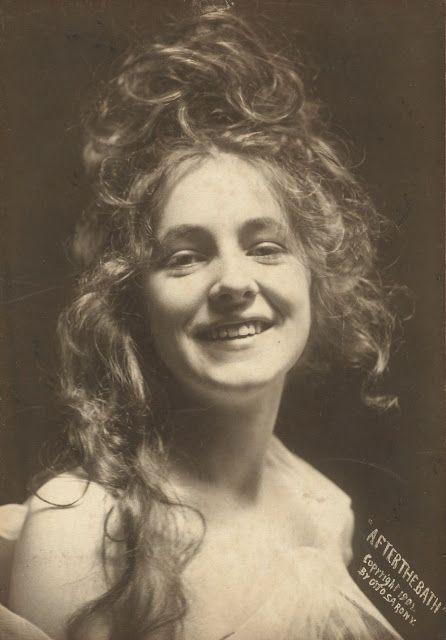 "Otto Sarony | Evelyn Nesbit, ""After the Bath"" - 1901"
