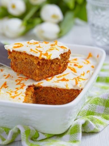 Cake à la carotte et aux noix - Recette de cuisine Marmiton : une recette