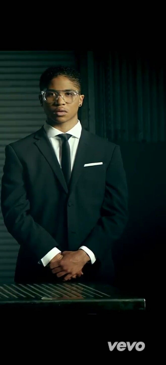 Roc Royal (Mindless Behavior) or named as Santo August. www.youtube.com/mindlessbehavior or www.youtube.com/santoaugust