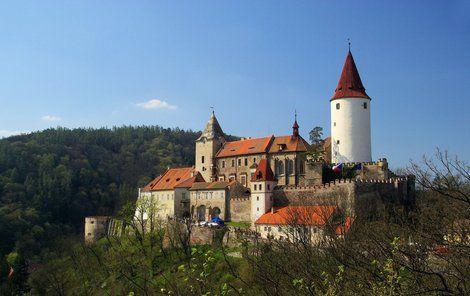 Dominantou hradu je 42 metrů vysoká věž.