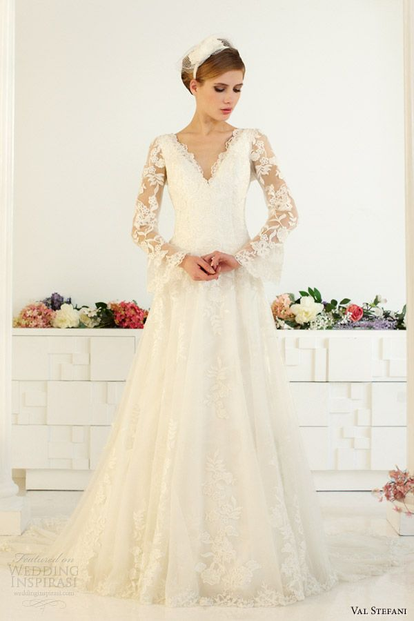 bell sleeve wedding dress 68 best images about trourokke on 1639