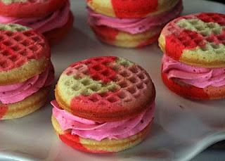 Pink Camo Cupcake Sandwiches