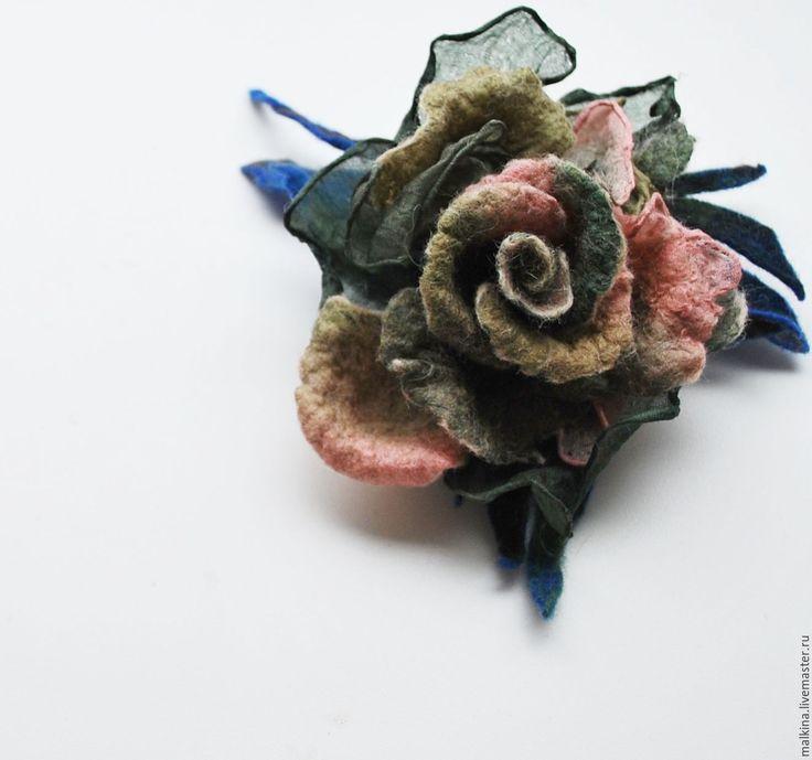 Купить Красивая брошь Тропическая роза - тёмно-зелёный, брошь, зеленая брошь