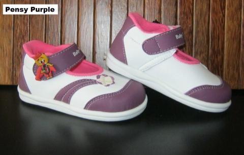 #Sepatu Anak Baby Wang (Pensy purple) ~ 105ribu ~ Size : Ukuran Sol dalam (panjang kaki anak) : No. 3 : Sol 13cm (Umur 1 - 1,5 thn) No. 4 : Sol 13,5cm (Umur 1,5 - 2thn) No. 5 : Sol 14cm (Umur 2 - 2,5 thn) No. 6 : Sol 14,5cm (Umur 2,5 - 3thn)