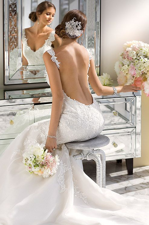 This decadent beaded fit and flare lace wedding dress is so sexy and beautiful. Essense Of Australia, Spring 2014: Dresses Wedding, Full Skirts, Wedding Dressses, Idea, Mermaids Wedding Dresses, Bridal Gowns, Bride, Open Back, Wedding Dresses Style