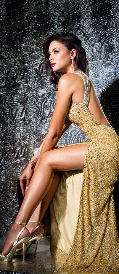 Aurora #Sophisticated#Lady #Luxurydotcom