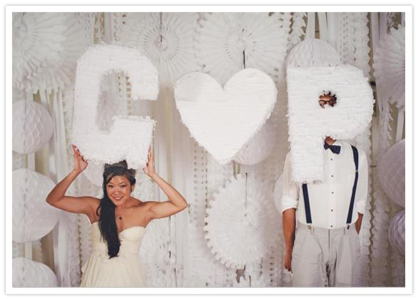 streamers and pom poms: Photos Booths, Wedding Ideas, Photobooth Backdrops, Layer Cakes, Photo Booths, Parties Ideas, 100 Layered Cakes, Themed Weddings, Photos Backdrops