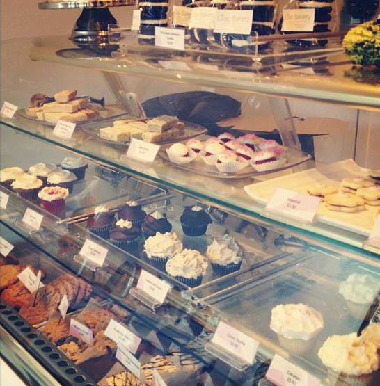 Lilac Bakery, Winnipeg MB. Best cupcakes and real baking with fresh simple ingredients