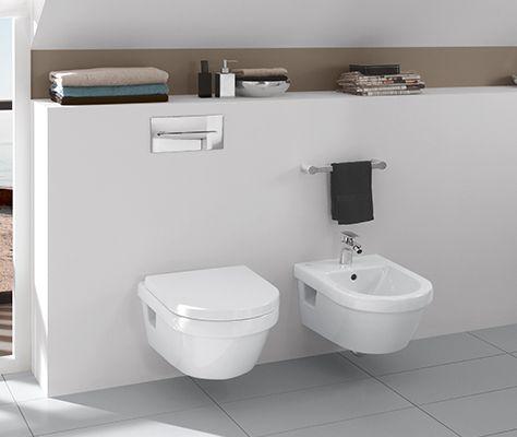 Ванная комната в мансарде со скошенным потолком - Architectura