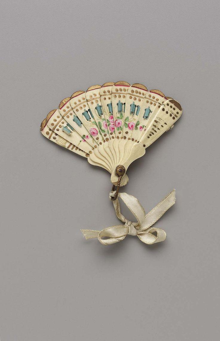 Doll's brisé fan | Museum of Fine Arts, Boston