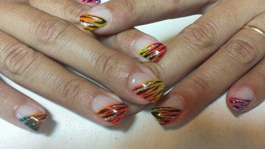 Shade zebra nails