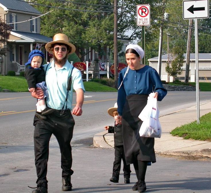 Amish family.~ Sarah's Country Kitchen ~