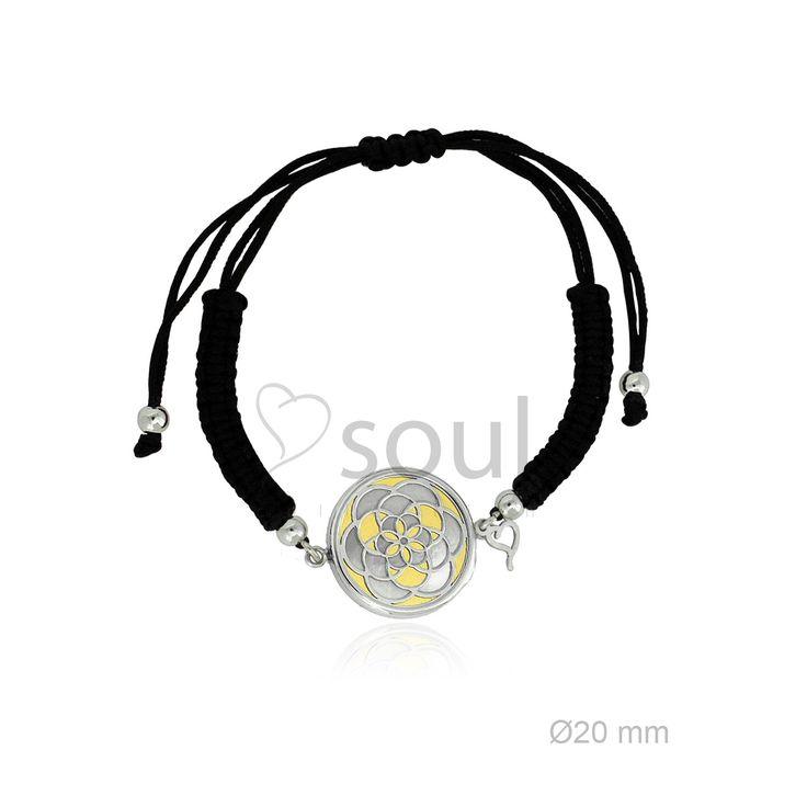 REF. 364005. Pulsera Mandala. Pulsera de macramé con motivo en nácar u ónix en plata de Ley.
