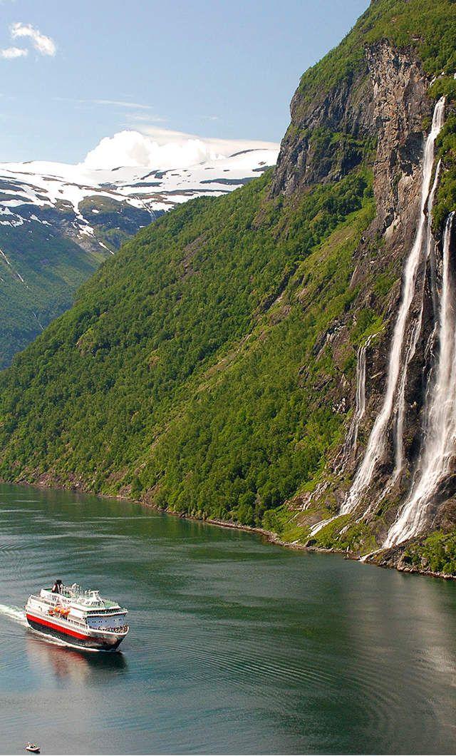 Hurtigruten Cruise - Norway