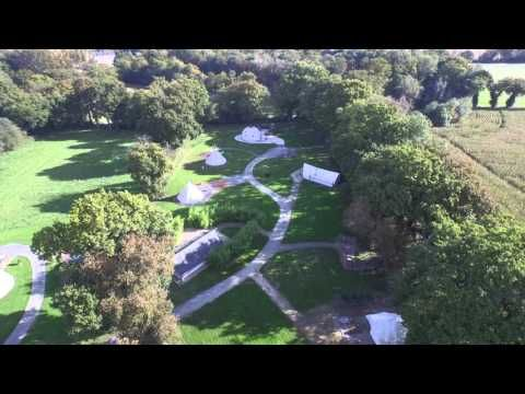 Le Domaine Arvor : Hébergement insolite en Bretagne: yourte, cabanes dans les arbres