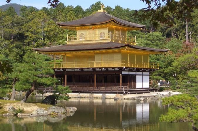 Japan's first permanent capital, Nara (奈良) is one of the country's most rewarding destinations. With eight Unesco World Heritage Sites, it's second...