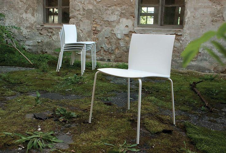 L'Abbate Italia: METROPOLIS PLASTIC | Laboratorio creativo l'abbate. Stacking seatings.