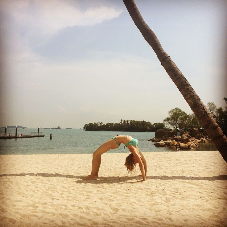 ♥ Pure happiness: Yoga, sun, beach and palms ♥ #yoga #yogagirl #fitness #workout