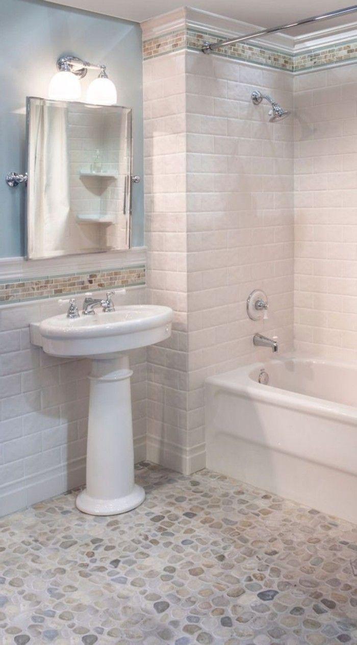 Le carrelage galet pratique rev tement pour la salle de - Salle de bain peinture ou carrelage ...