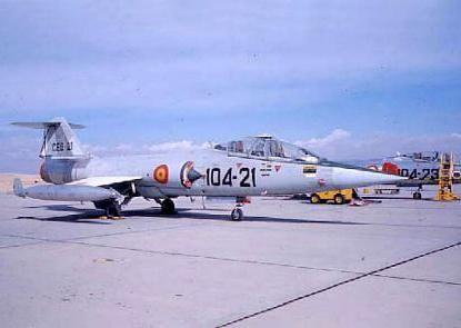 """TF-104G """"161-25"""" 161 Escuadrón Spanish AF Torrejon AB in the mid 60s F-104G,"""