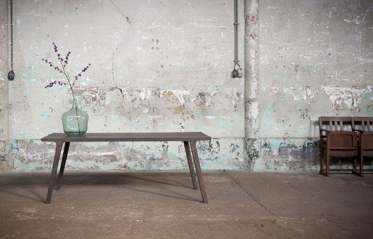 Stoere houten tafel... uit een stuk? - Nieuws - ShowHome.nl